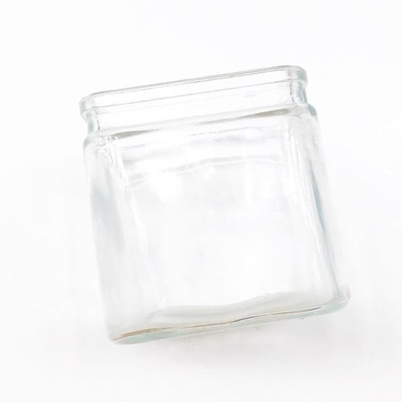 Glass square flower vase